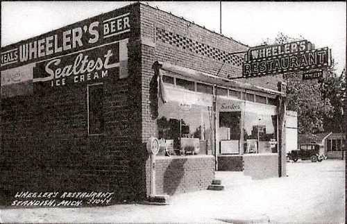Wheeler's Restaurant, Standish, Michigan, 1930 postcard