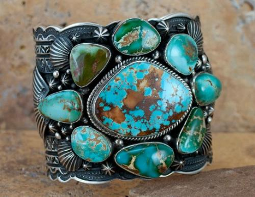Bracelet made with Royston Turquoise