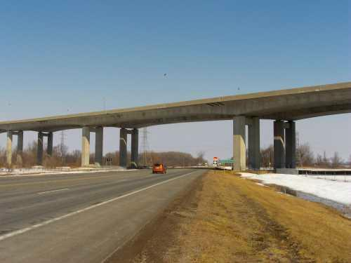 pre-stressed concrete freeway bridge, US-23, Zilwaukee, Michigan