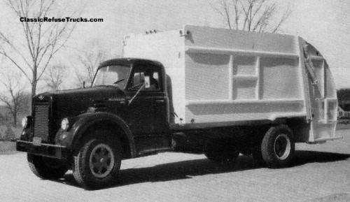 1961 International Harvester truck with Heil Colectomatic Mark II body