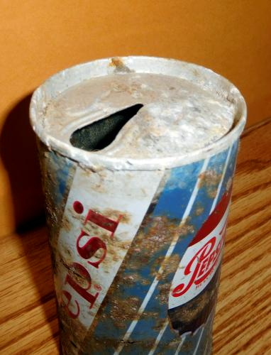 corroded 1962 Pepsi can missing pull tab