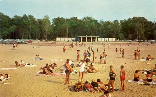 New beach house, Presque Isle State Park, Pennsylvania, late 1950s postcard