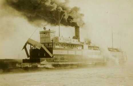 Chief Wawatam ferry under full steam (from undated postcard)