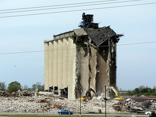demolition of former ConAgra grain elevator, Huron, Ohio