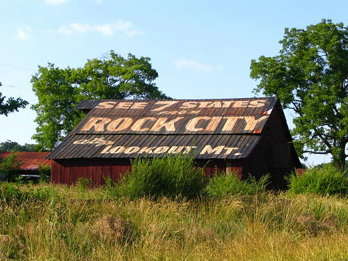 Rock City advertising barn, US-11, north of Chattanooga, Tennessee