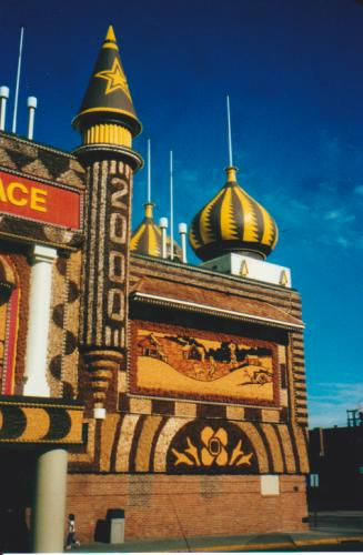 Corn Palace, Mitchell, South Dakota (2000 design)